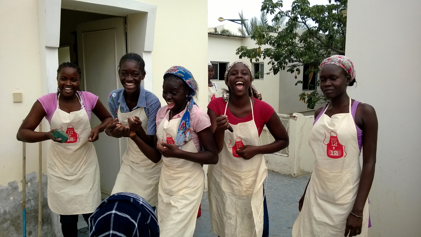 020 131118 Dakar - HHS meisjes